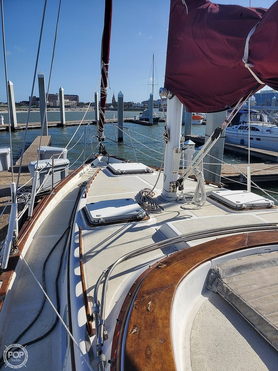 1984 Endeavour boat for sale, model of the boat is 40 & Image # 4 of 40