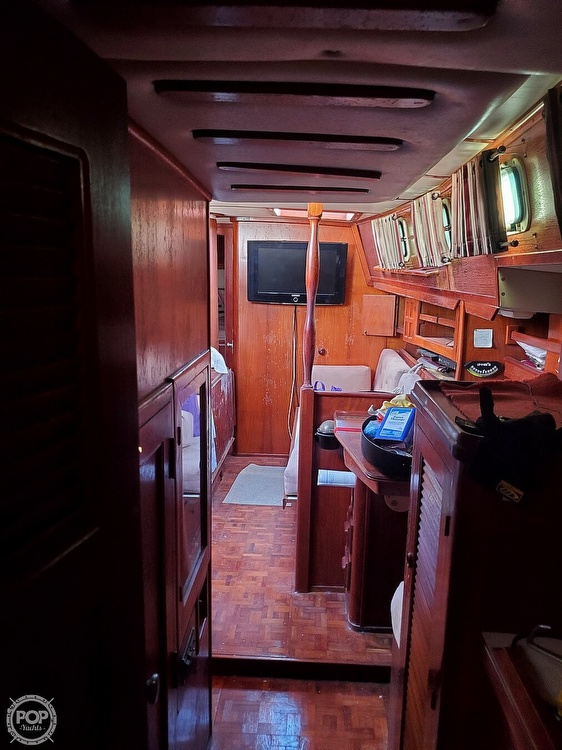 1984 Endeavour boat for sale, model of the boat is 40 & Image # 11 of 40