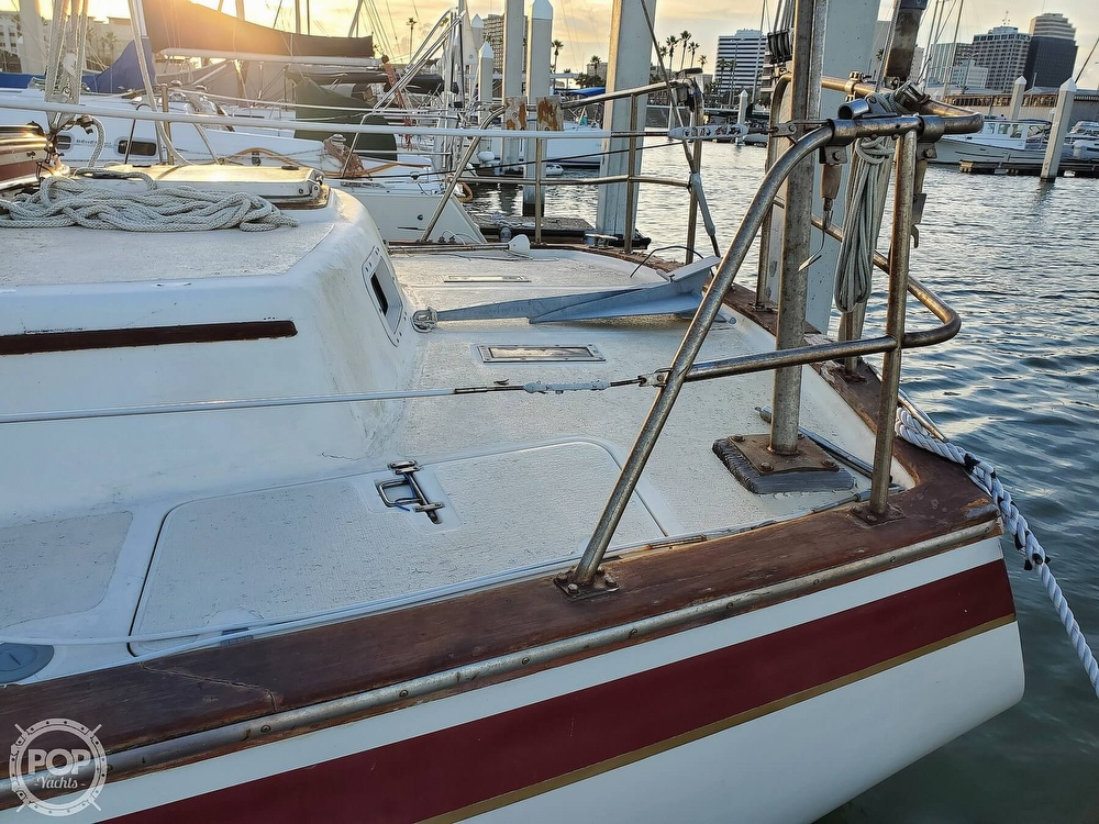 1984 Endeavour boat for sale, model of the boat is 40 & Image # 22 of 40