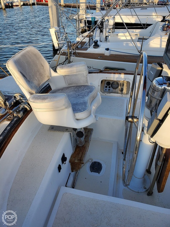 1984 Endeavour boat for sale, model of the boat is 40 & Image # 27 of 40