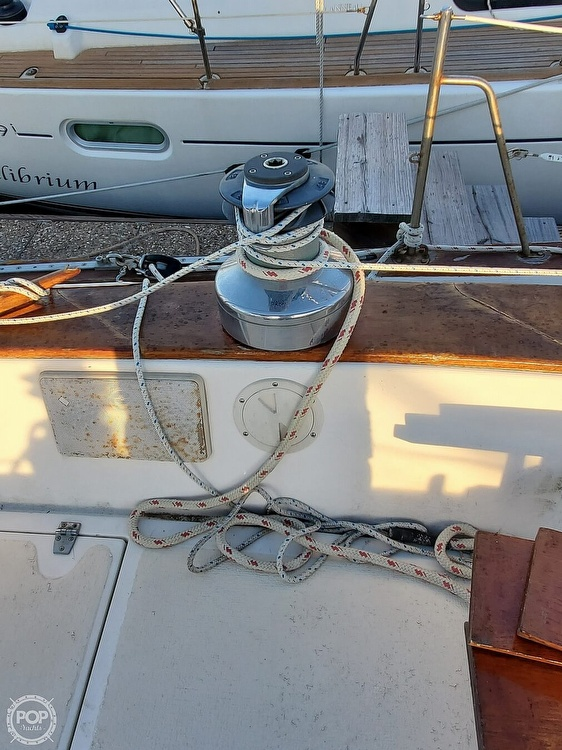 1984 Endeavour boat for sale, model of the boat is 40 & Image # 31 of 40