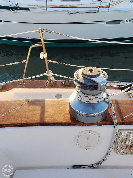 1984 Endeavour boat for sale, model of the boat is 40 & Image # 32 of 40