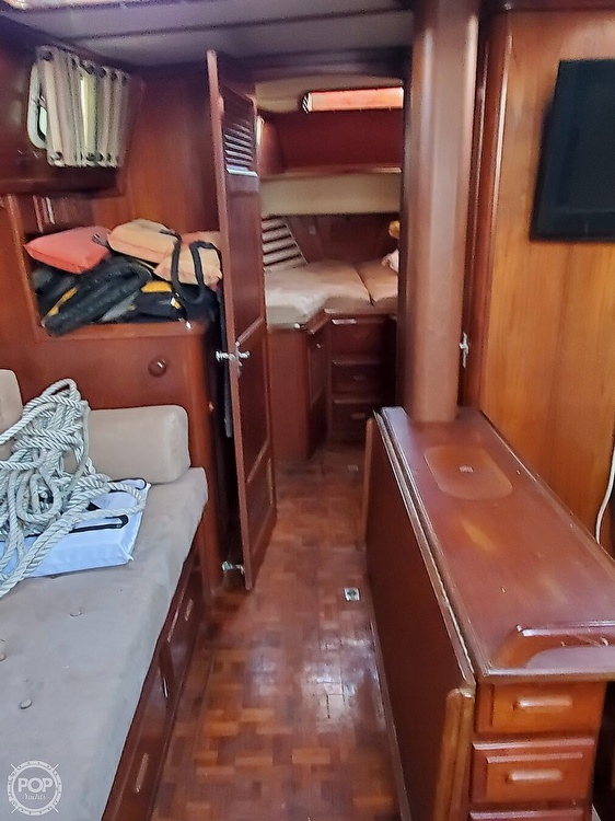 1984 Endeavour boat for sale, model of the boat is 40 & Image # 36 of 40