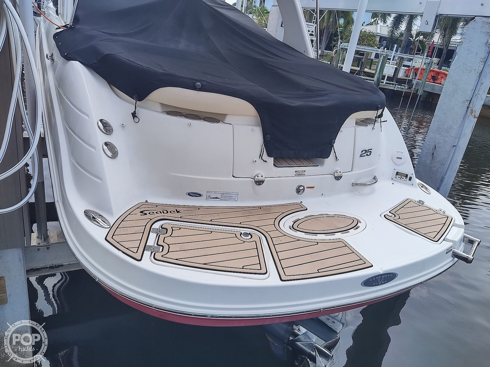 2007 Chaparral boat for sale, model of the boat is 256 SSI & Image # 26 of 40
