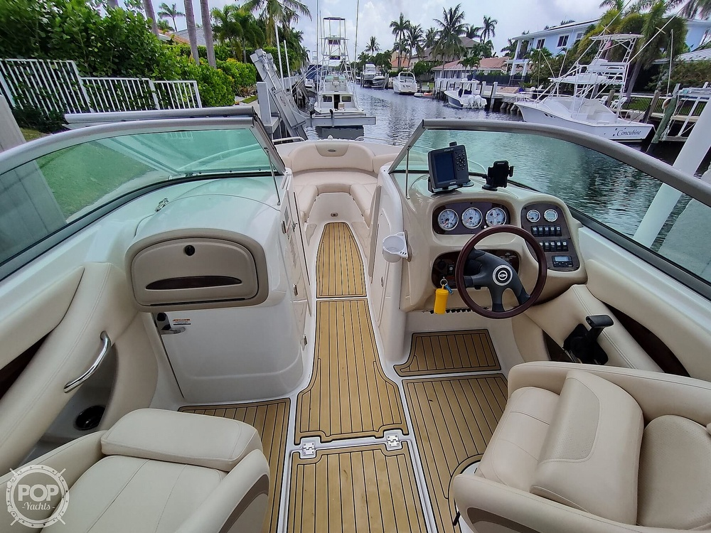 2007 Chaparral boat for sale, model of the boat is 256 SSI & Image # 8 of 40