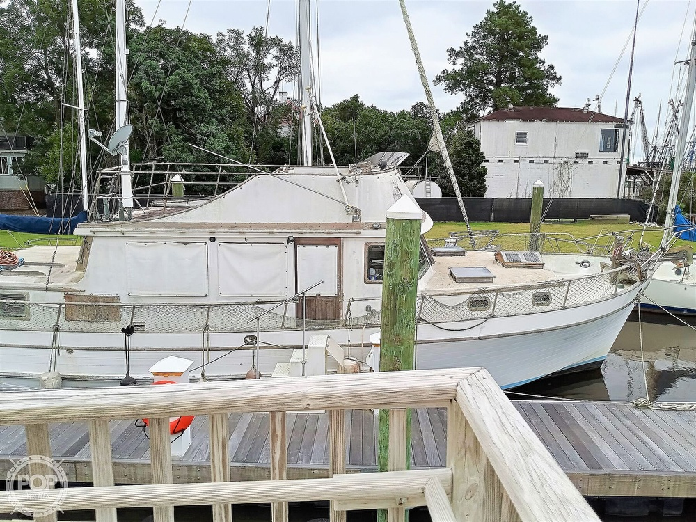 1979 Marine Trader boat for sale, model of the boat is 43 DC & Image # 14 of 40