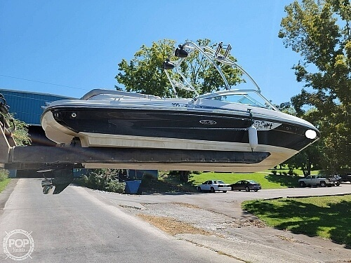 2010 Sea Ray boat for sale, model of the boat is 205 Sport & Image # 4 of 40
