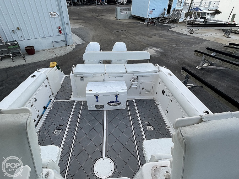2004 Century boat for sale, model of the boat is 3200 WA & Image # 4 of 40