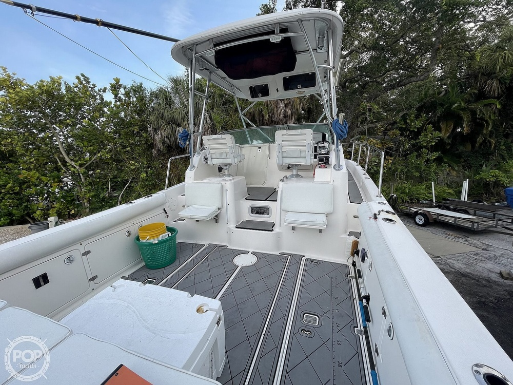 2004 Century boat for sale, model of the boat is 3200 WA & Image # 8 of 40