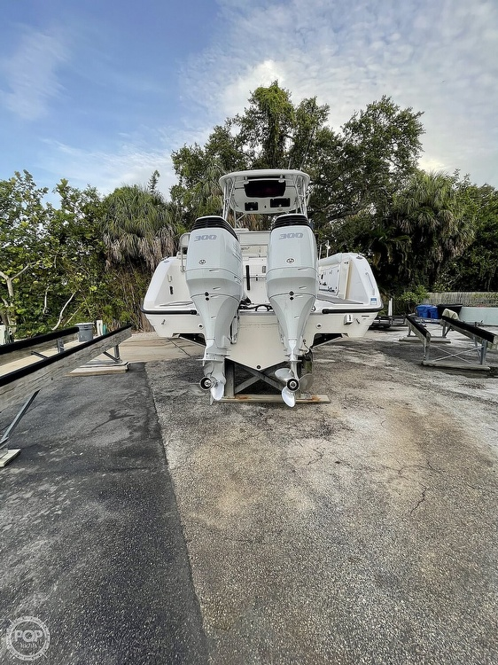 2004 Century boat for sale, model of the boat is 3200 WA & Image # 10 of 40