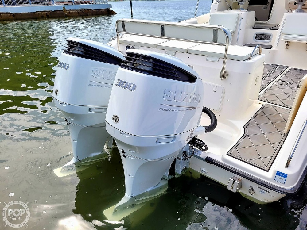 2004 Century boat for sale, model of the boat is 3200 WA & Image # 15 of 40