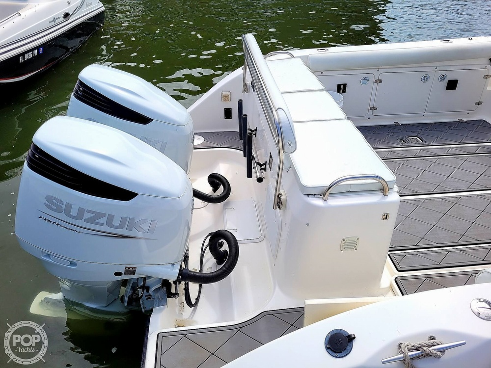 2004 Century boat for sale, model of the boat is 3200 WA & Image # 17 of 40