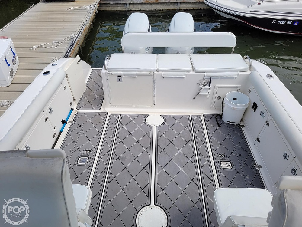 2004 Century boat for sale, model of the boat is 3200 WA & Image # 19 of 40