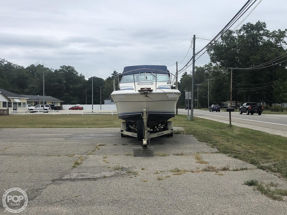 1984 Sea Ray boat for sale, model of the boat is 270 Sundancer & Image # 12 of 40