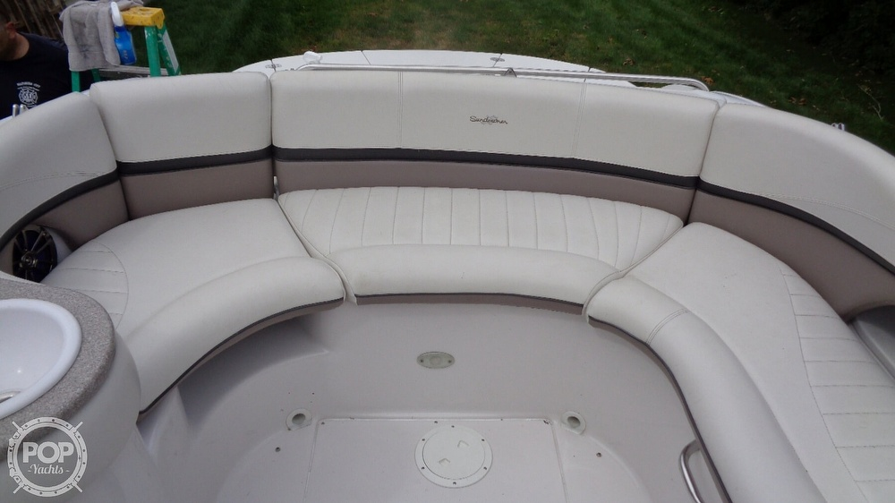 2003 Four Winns boat for sale, model of the boat is 205 Sundowner & Image # 28 of 40