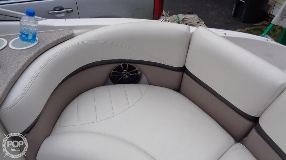 2003 Four Winns boat for sale, model of the boat is 205 Sundowner & Image # 32 of 40