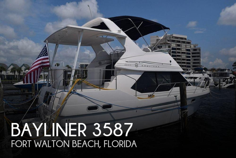 1996 BAYLINER 3587 for sale