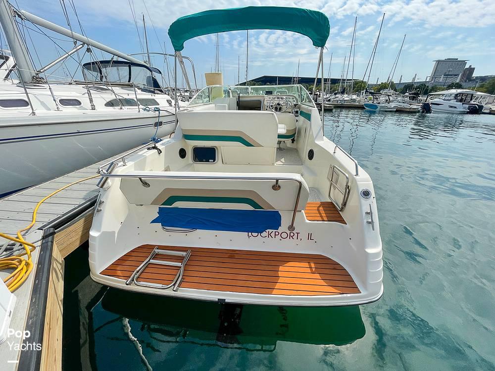 1995 Rinker boat for sale, model of the boat is 265 Fiesta Vee & Image # 24 of 40