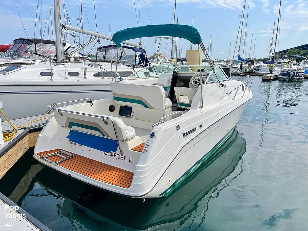 1995 Rinker boat for sale, model of the boat is 265 Fiesta Vee & Image # 2 of 40