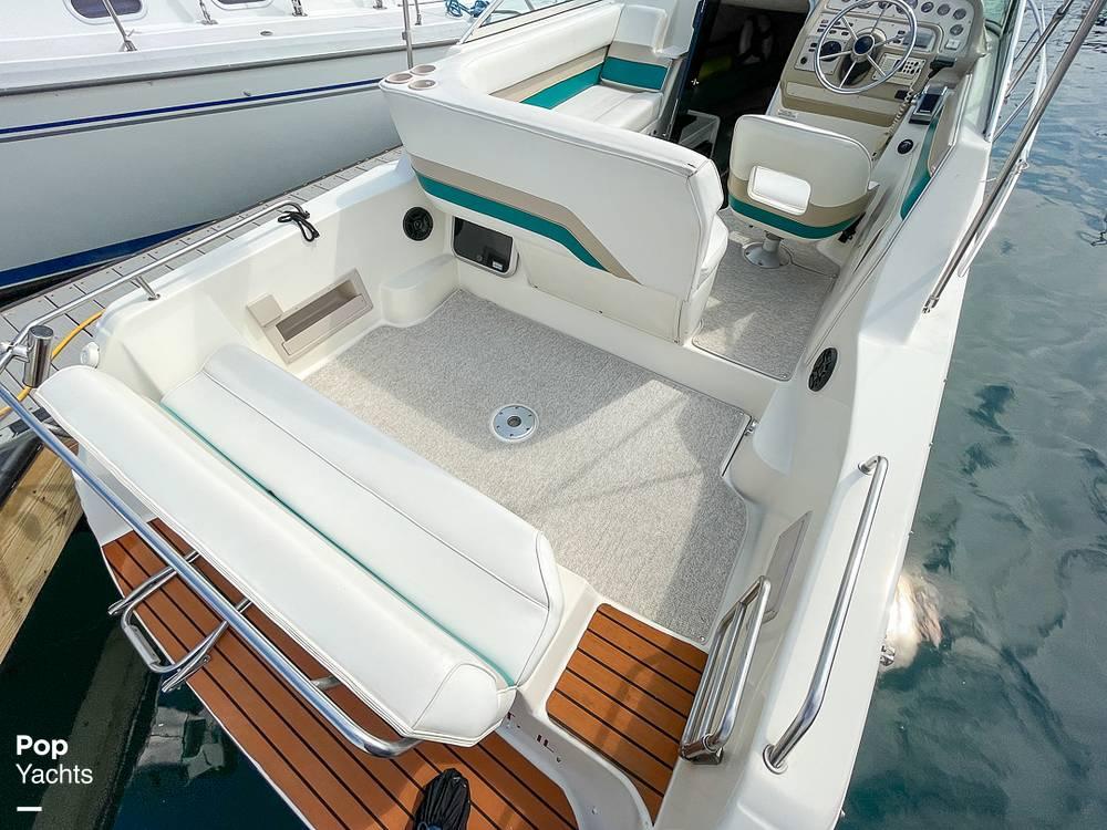 1995 Rinker boat for sale, model of the boat is 265 Fiesta Vee & Image # 28 of 40