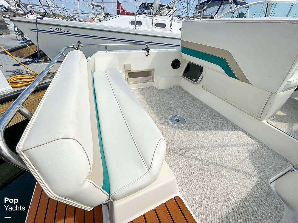 1995 Rinker boat for sale, model of the boat is 265 Fiesta Vee & Image # 29 of 40
