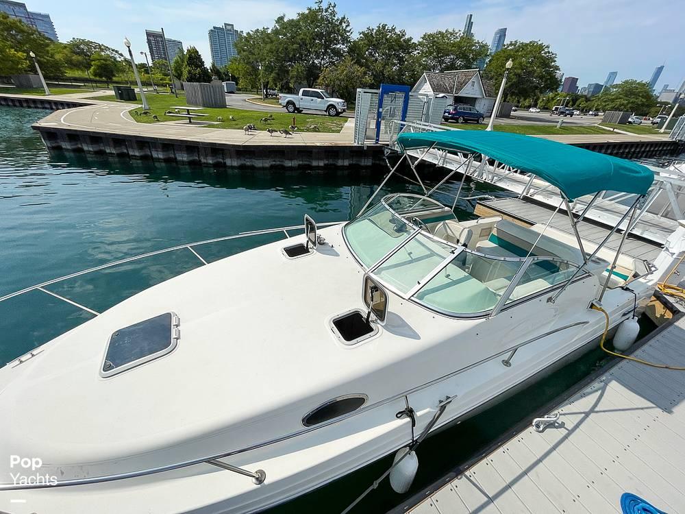 1995 Rinker boat for sale, model of the boat is 265 Fiesta Vee & Image # 3 of 40