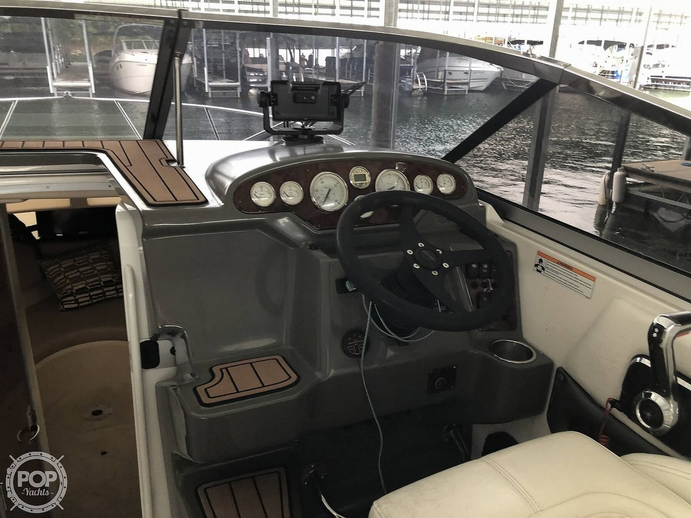 2007 Regal boat for sale, model of the boat is 2565 Express Cruiser & Image # 22 of 40