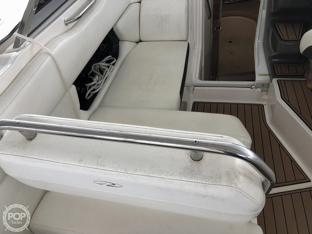 2007 Regal boat for sale, model of the boat is 2565 Express Cruiser & Image # 38 of 40
