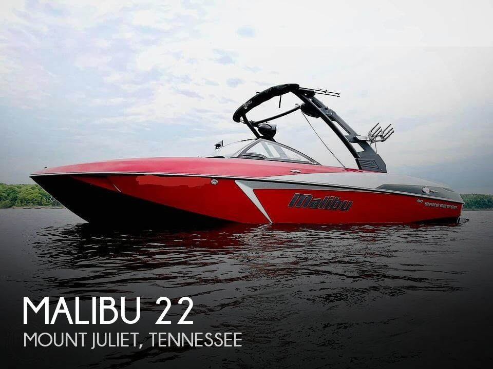 2017 Malibu boat for sale, model of the boat is VLX 22 Wakesetter & Image # 1 of 40