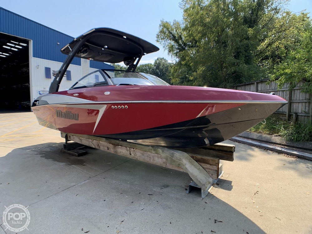 2017 Malibu boat for sale, model of the boat is VLX 22 Wakesetter & Image # 4 of 40