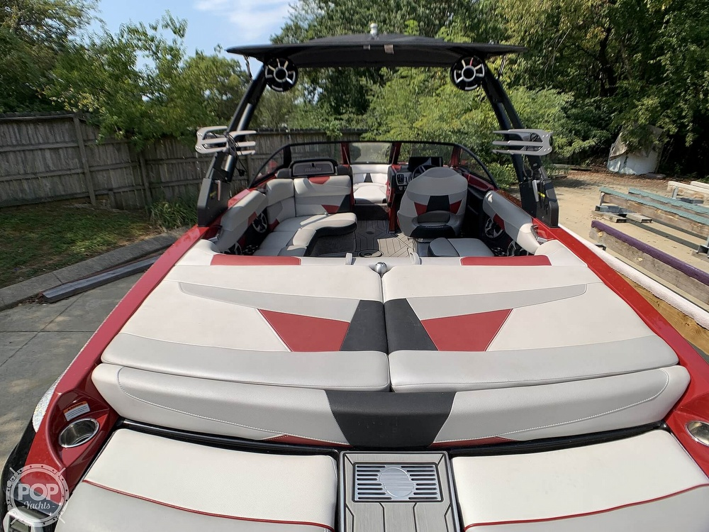 2017 Malibu boat for sale, model of the boat is VLX 22 Wakesetter & Image # 14 of 40