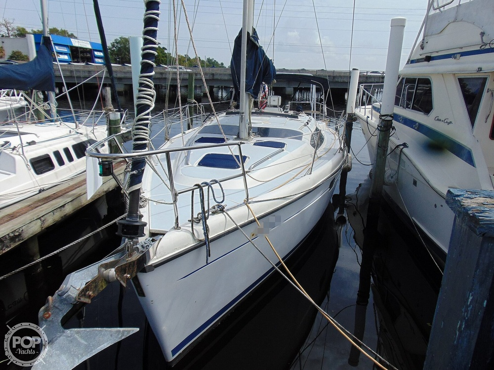 1997 Hunter boat for sale, model of the boat is 376 & Image # 15 of 40