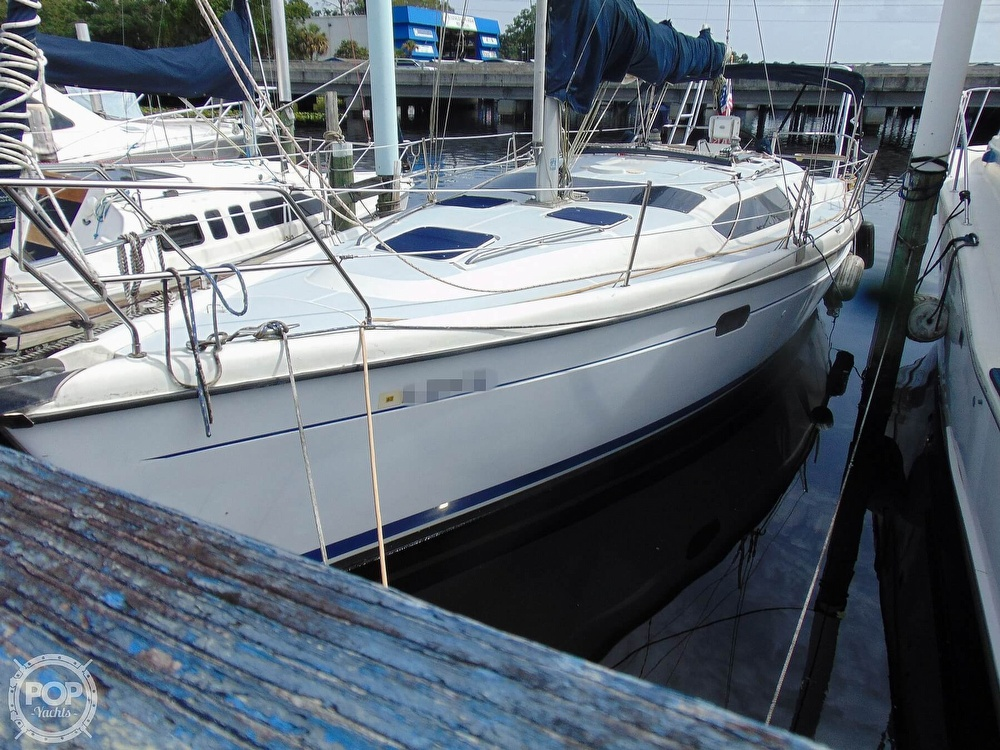 1997 Hunter boat for sale, model of the boat is 376 & Image # 17 of 40