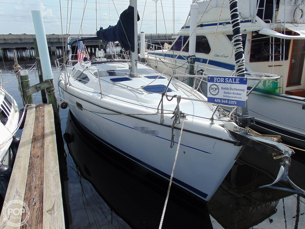 1997 Hunter boat for sale, model of the boat is 376 & Image # 27 of 40