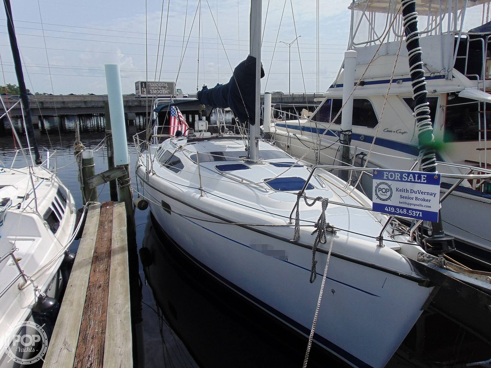1997 Hunter boat for sale, model of the boat is 376 & Image # 28 of 40