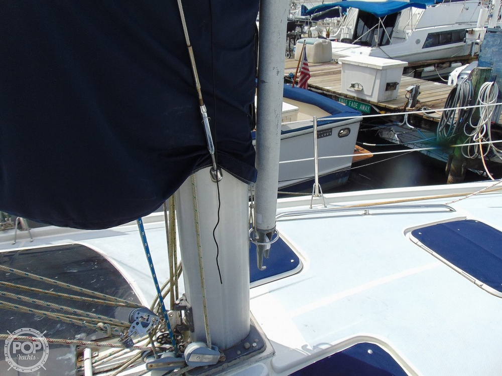 1997 Hunter boat for sale, model of the boat is 376 & Image # 38 of 40