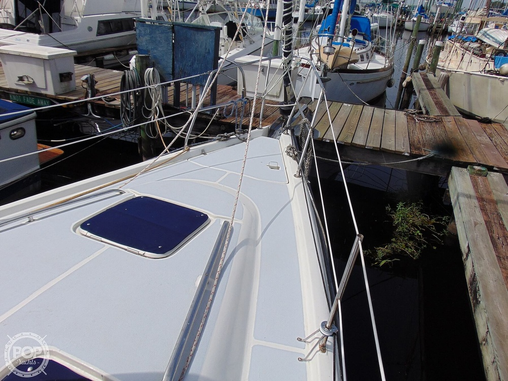 1997 Hunter boat for sale, model of the boat is 376 & Image # 40 of 40