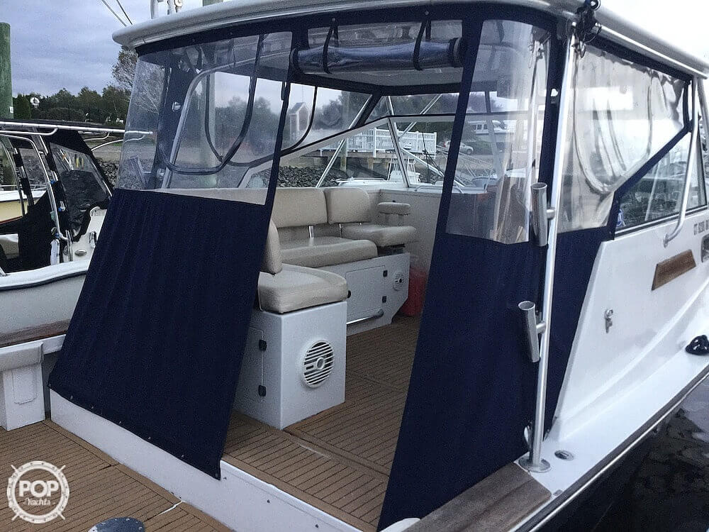 2000 Morgan boat for sale, model of the boat is 31 & Image # 10 of 40