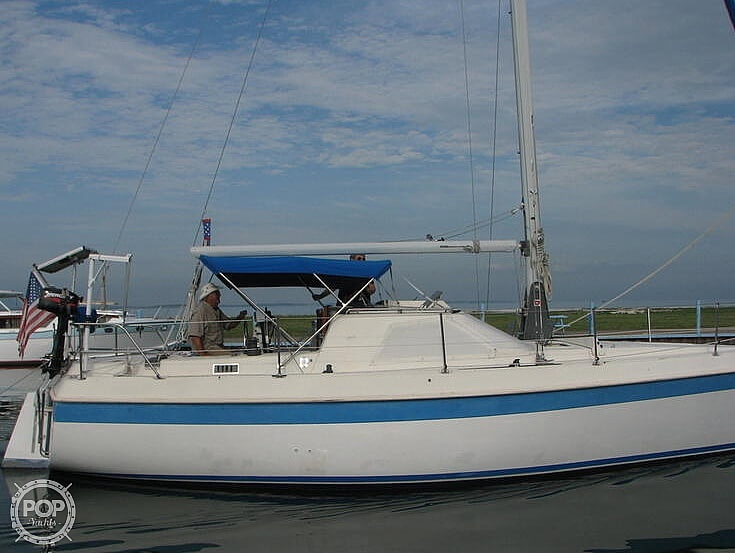 1983 Tanzer boat for sale, model of the boat is 10.5 & Image # 2 of 40