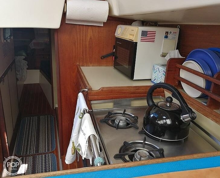 1983 Tanzer boat for sale, model of the boat is 10.5 & Image # 10 of 40