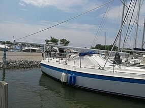 1983 Tanzer boat for sale, model of the boat is 10.5 & Image # 4 of 40