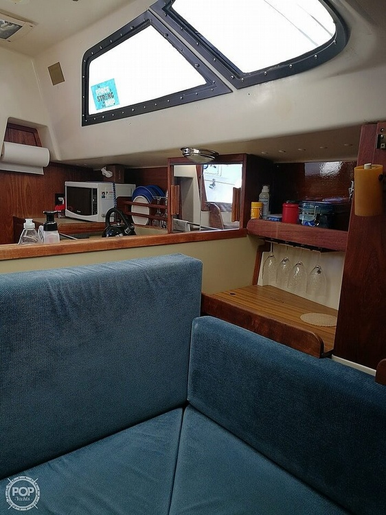 1983 Tanzer boat for sale, model of the boat is 10.5 & Image # 32 of 40