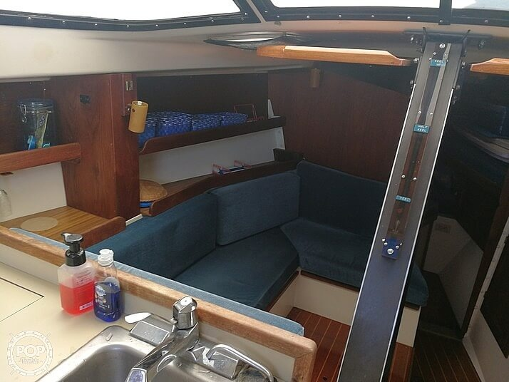 1983 Tanzer boat for sale, model of the boat is 10.5 & Image # 38 of 40