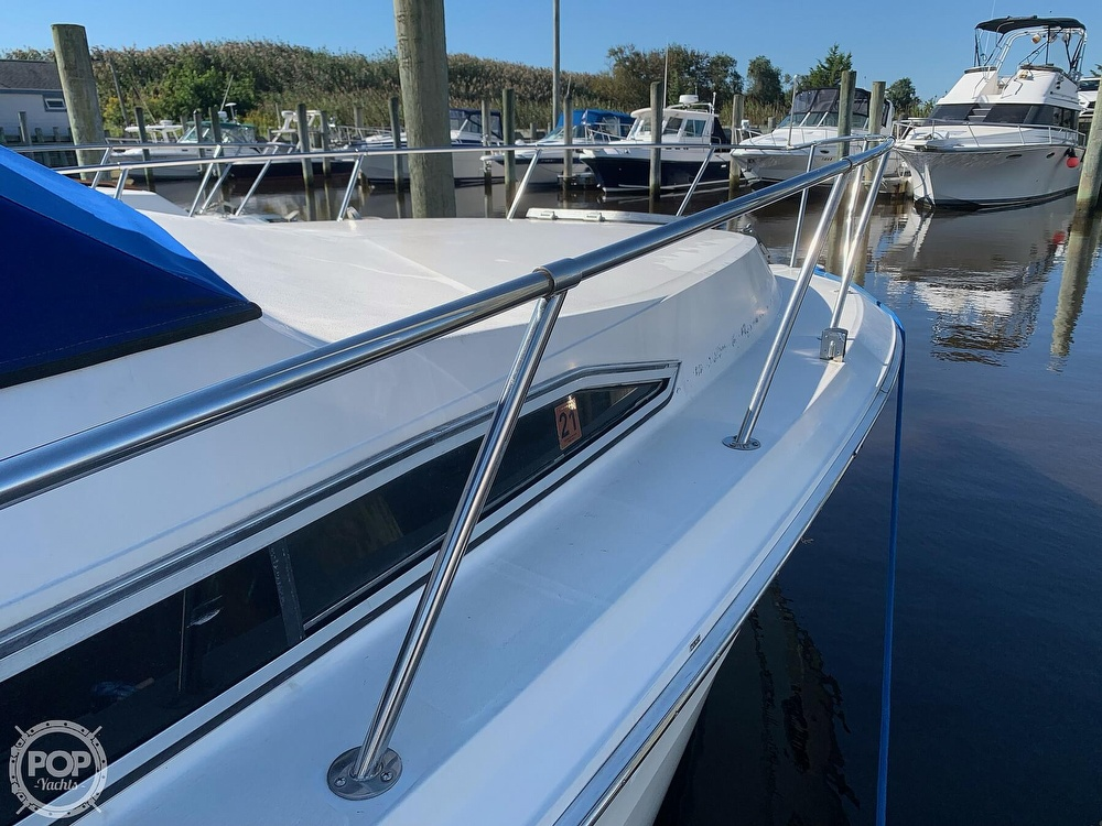 1986 Sea Ray boat for sale, model of the boat is 340 SB & Image # 10 of 40