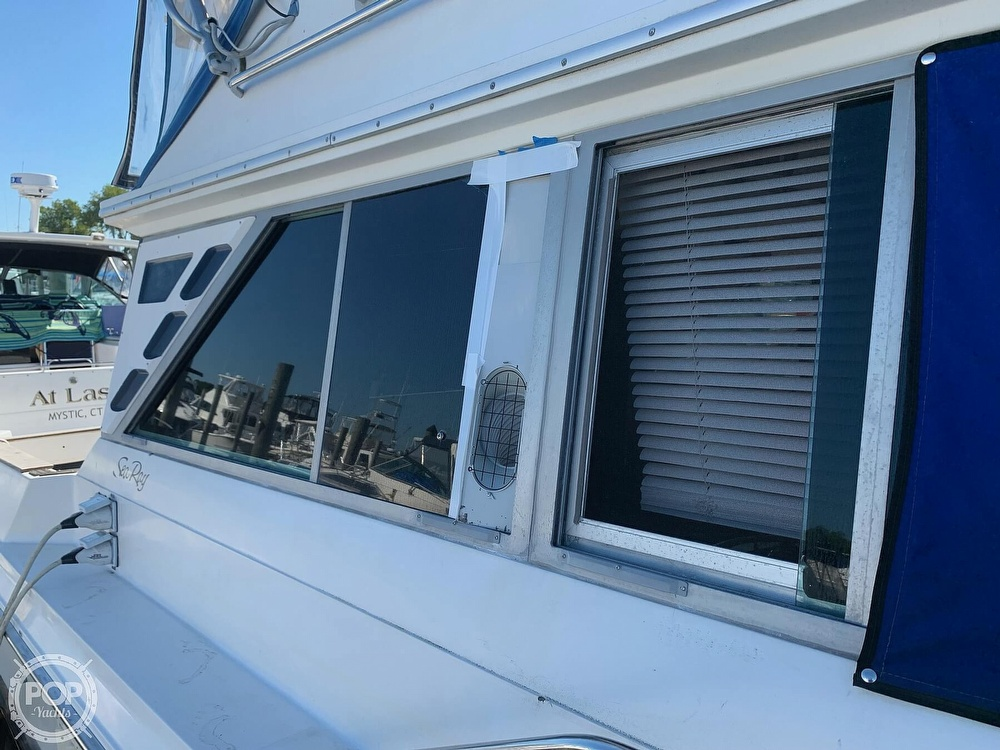 1986 Sea Ray boat for sale, model of the boat is 340 SB & Image # 21 of 40