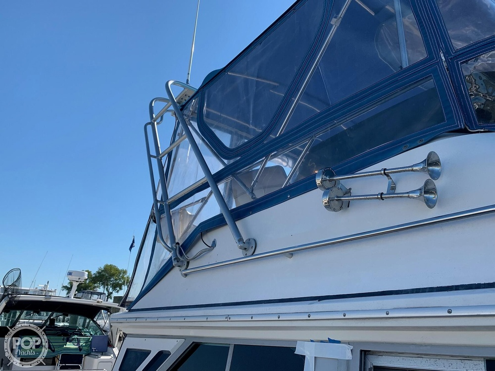 1986 Sea Ray boat for sale, model of the boat is 340 SB & Image # 22 of 40