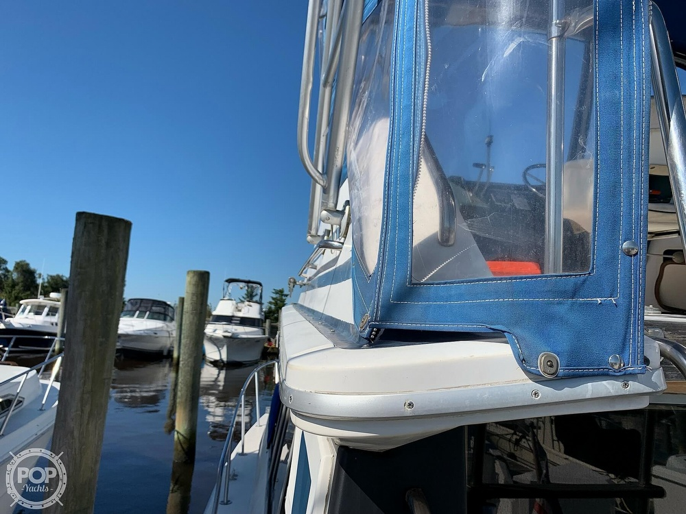1986 Sea Ray boat for sale, model of the boat is 340 SB & Image # 34 of 40