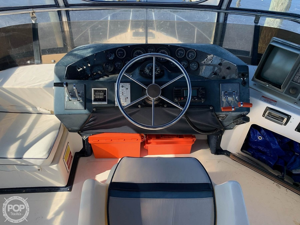 1986 Sea Ray boat for sale, model of the boat is 340 SB & Image # 14 of 40