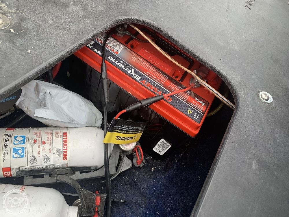 2003 Eliminator boat for sale, model of the boat is Daytona 30 & Image # 18 of 40