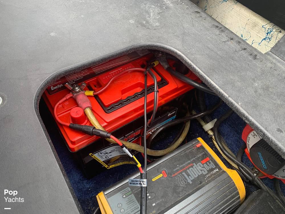 2003 Eliminator boat for sale, model of the boat is Daytona 30 & Image # 26 of 40